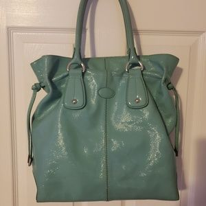 Stunning TODS Tiffany Blue Patent Leather Bag